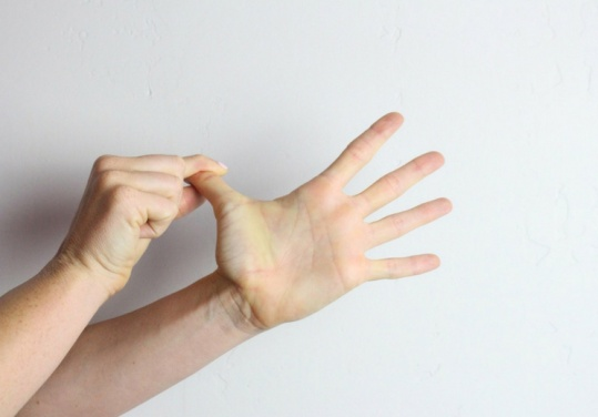 Thumb-Stretch